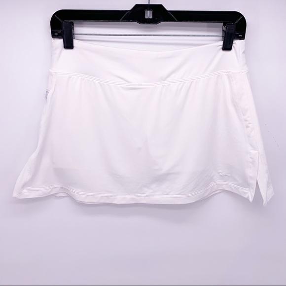 Nike Dri-Fit White Athletic Tennis Skirt Skort